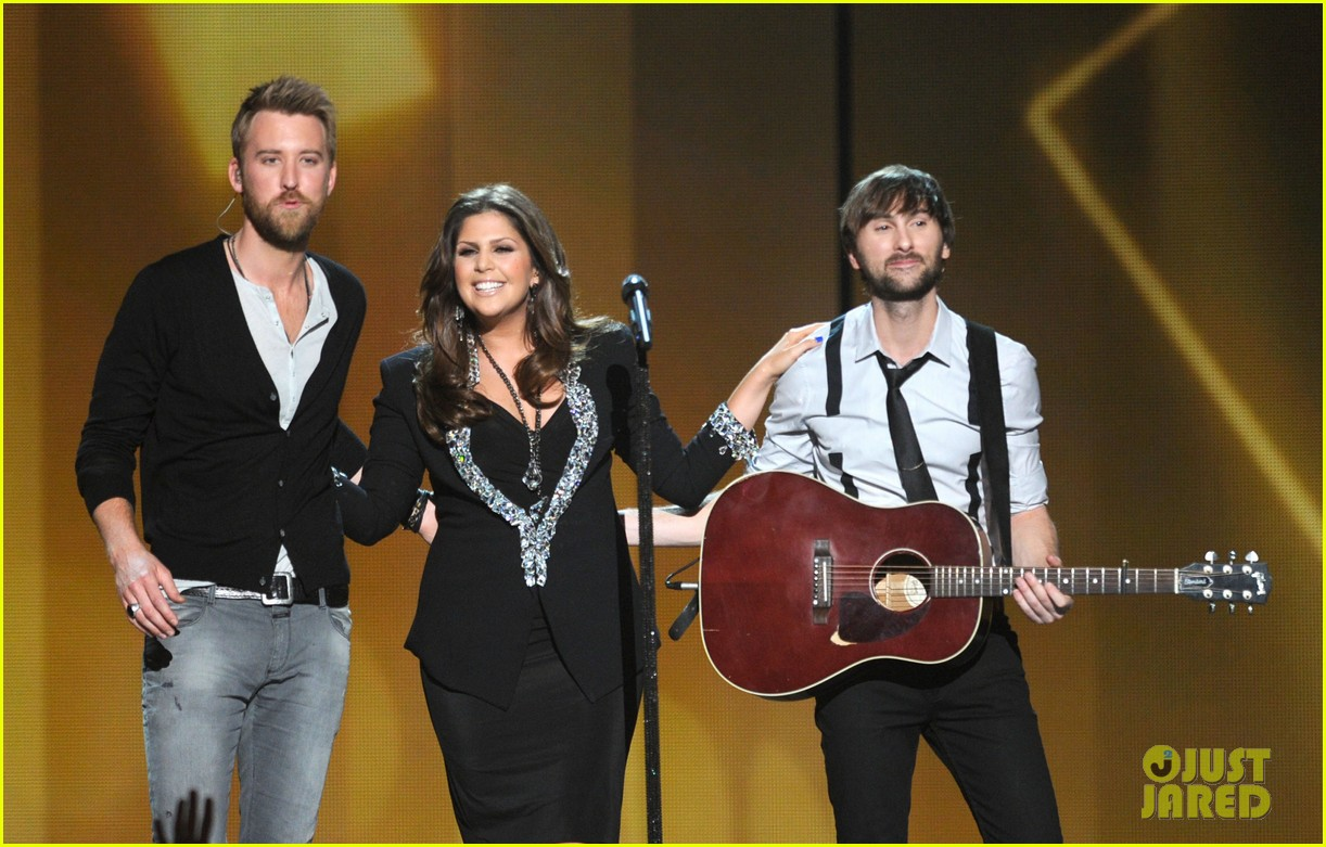 lady antebellum acm awards 07