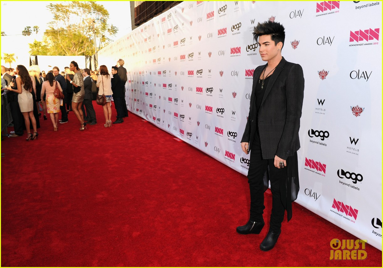 adam lambert logo newnownext awards 03