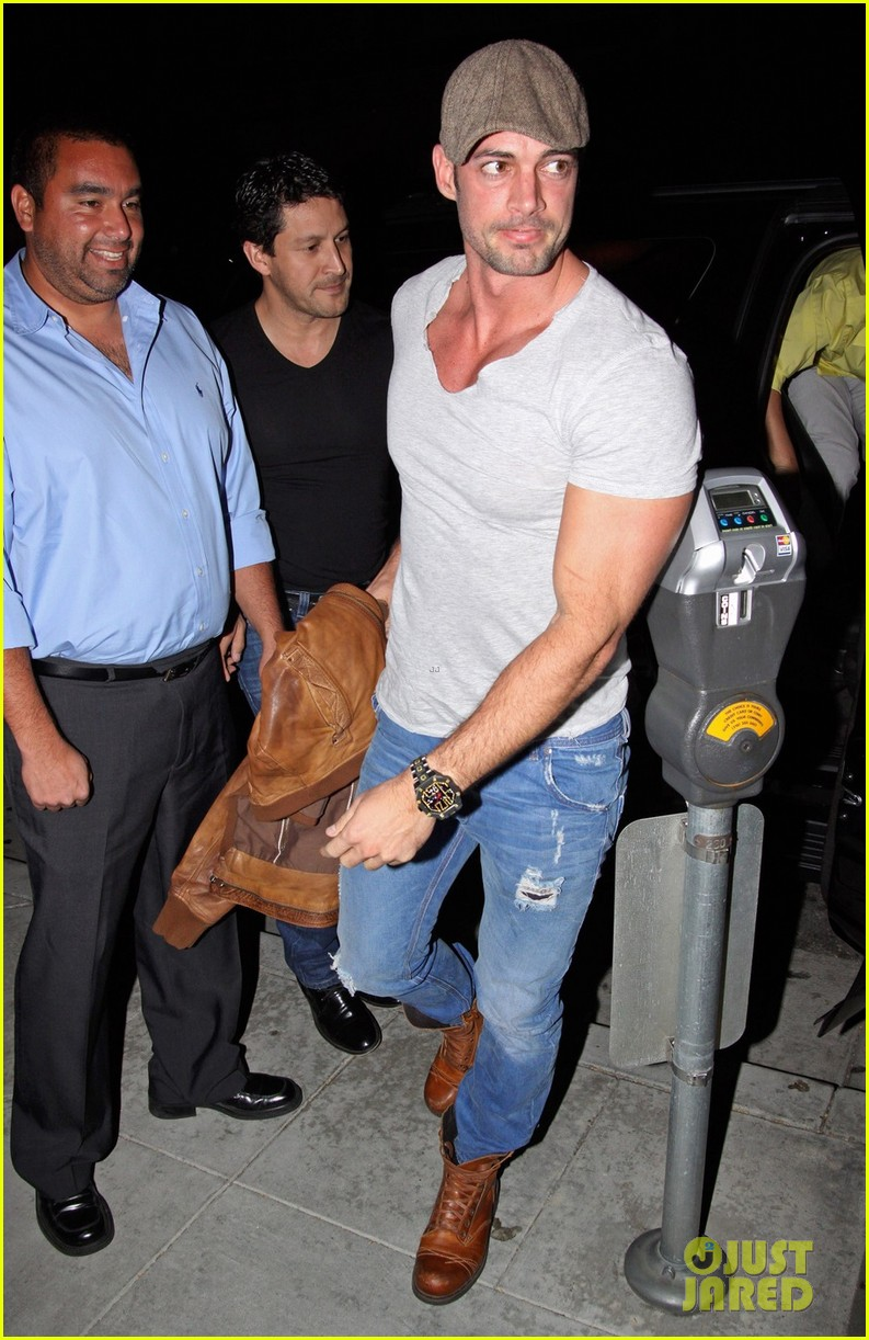 william levy date night at mastros 082646839