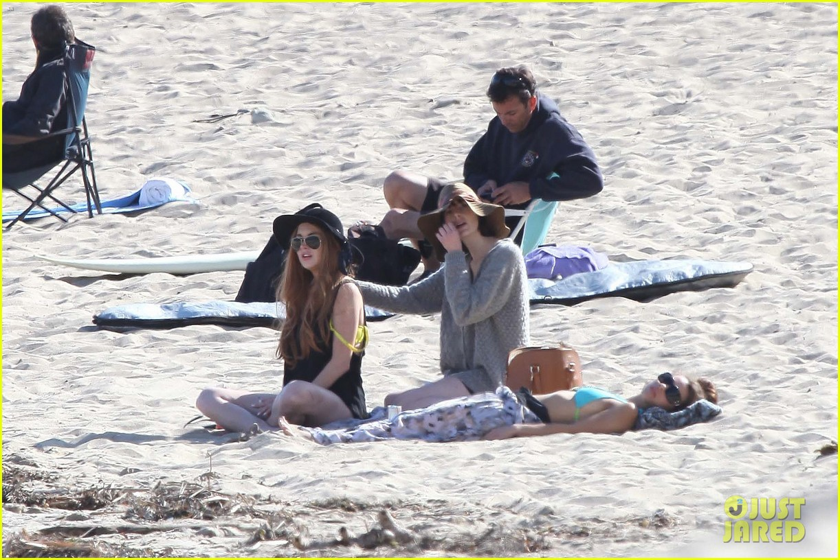 lindsay lohan beach back rub from aliana 182647484