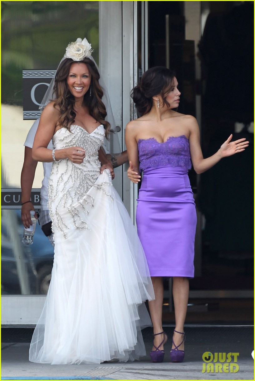 eva longoria wedding nbc press day 012651089