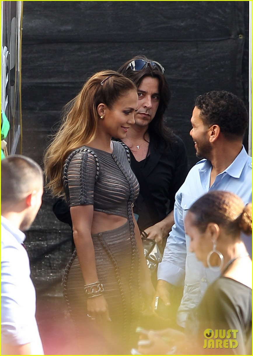 jennifer lopez ab dres american idol 03