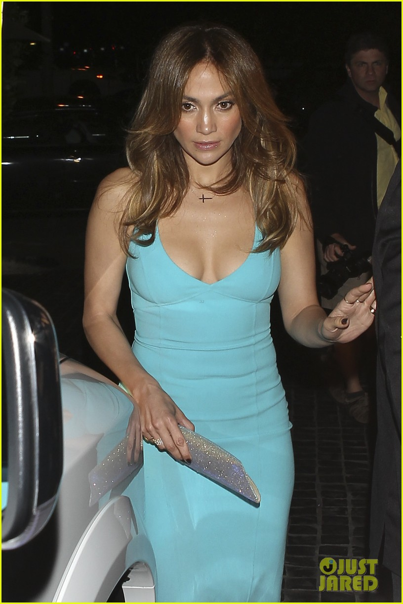 jennifer lopez casper smart birthday dinner 062646210