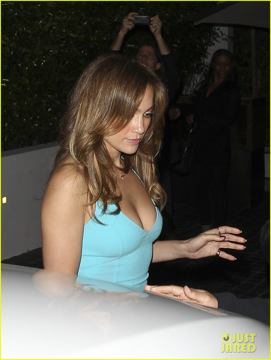 jennifer lopez casper smart birthday dinner 092646213