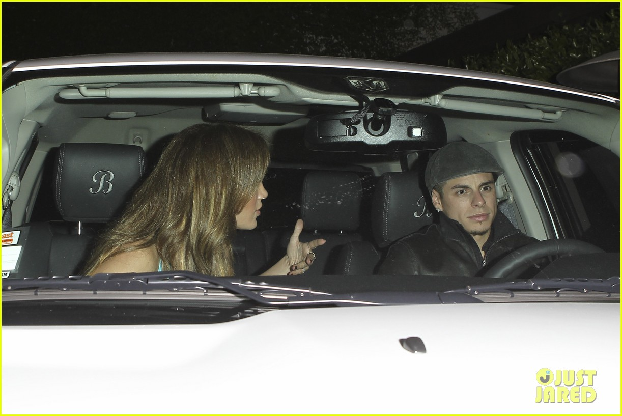 jennifer lopez casper smart birthday dinner 182646222