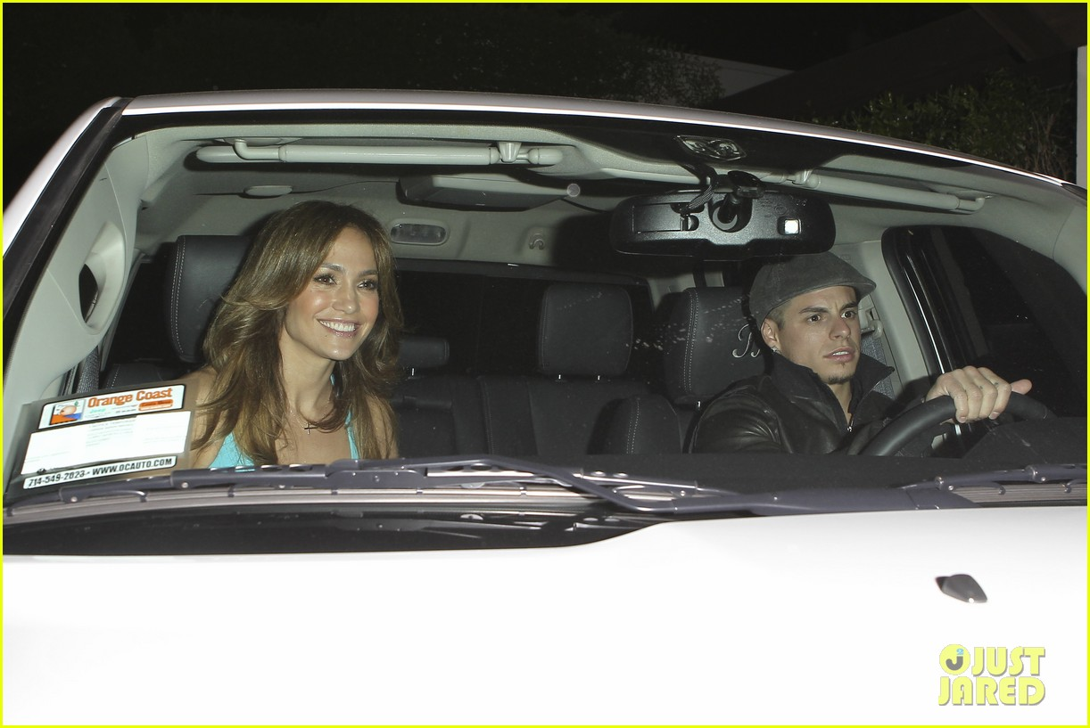 jennifer lopez casper smart birthday dinner 192646223