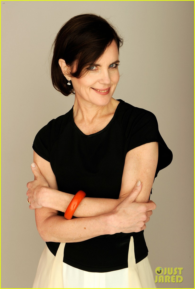 elizabeth mcgovern cheerful weather portrait 102651937