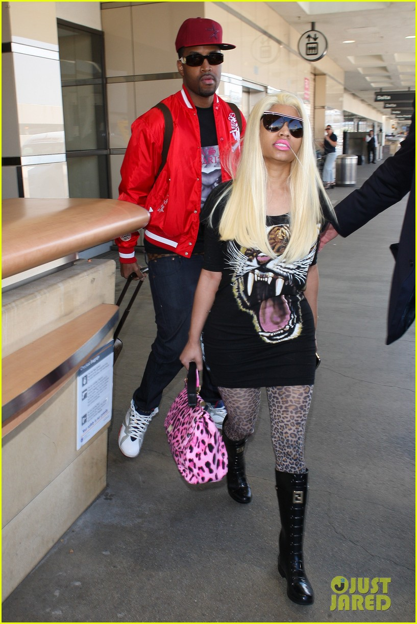 nicki minaj safaree samuels lax arrival 072646606