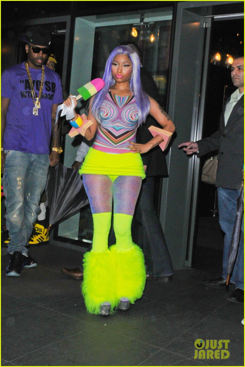 nicki minaj neon ankle warmers 012651395