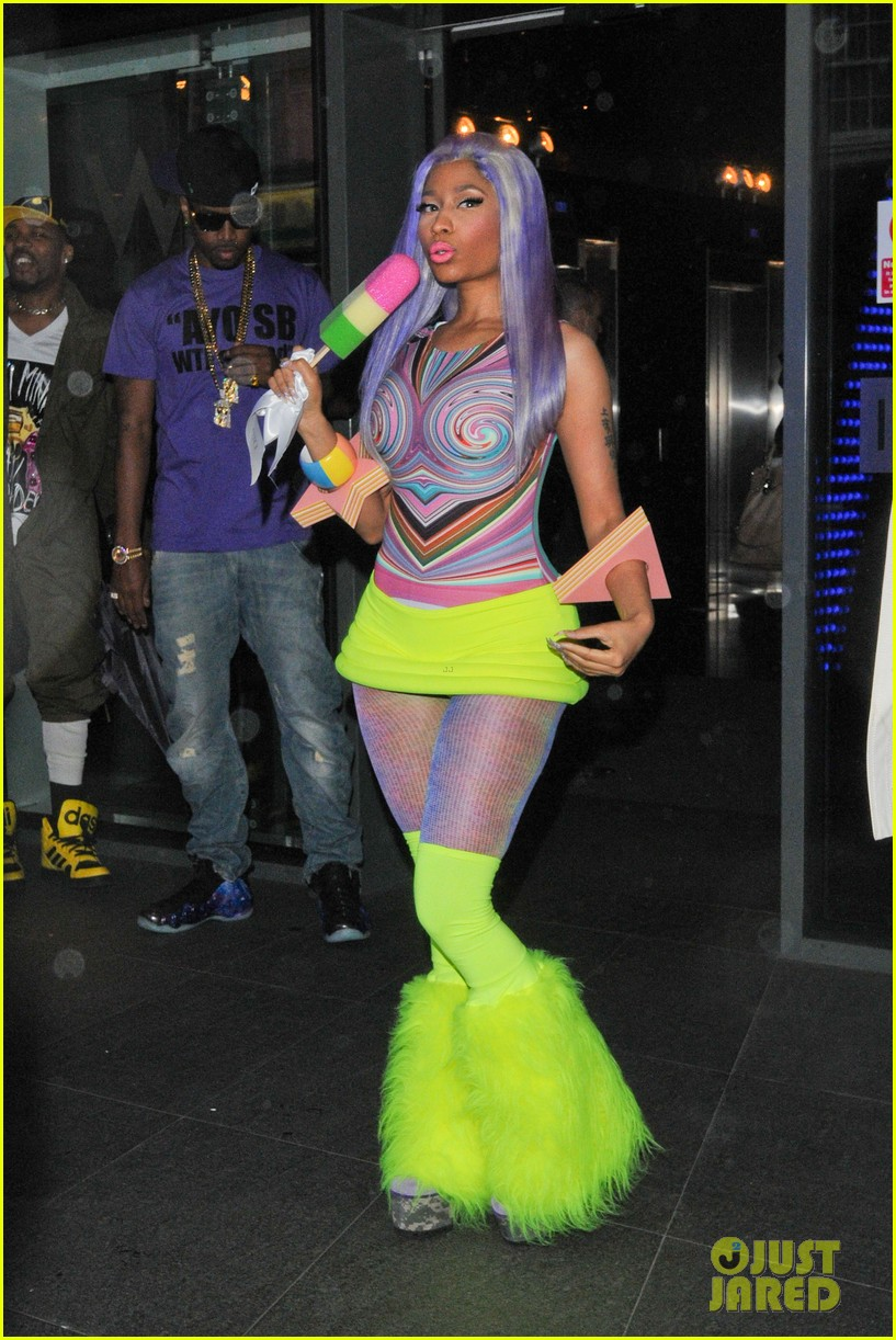 nicki minaj neon ankle warmers 032651397