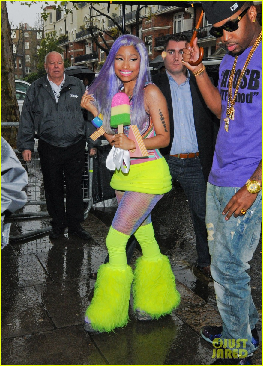 nicki minaj neon ankle warmers 042651398