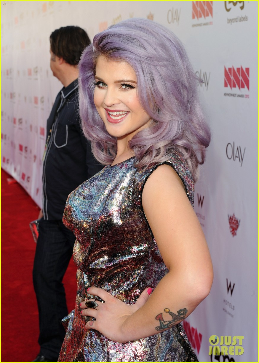 kelly osbourne logo newnownext awards 062645922
