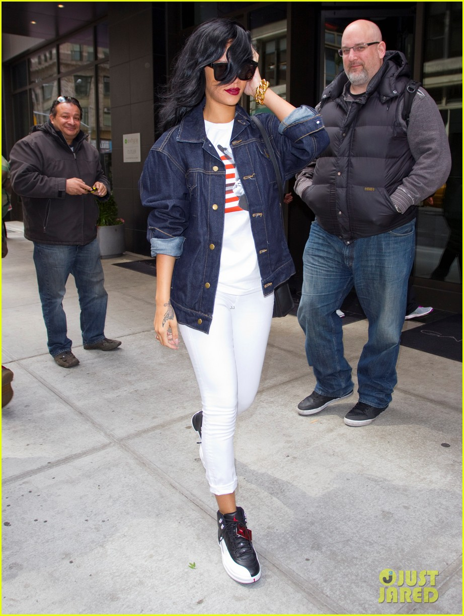 rihanna where have been dance routine 052653187