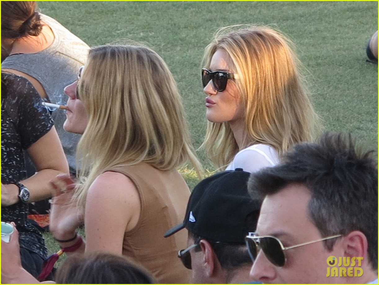 rosie huntington whiteley coachella 12