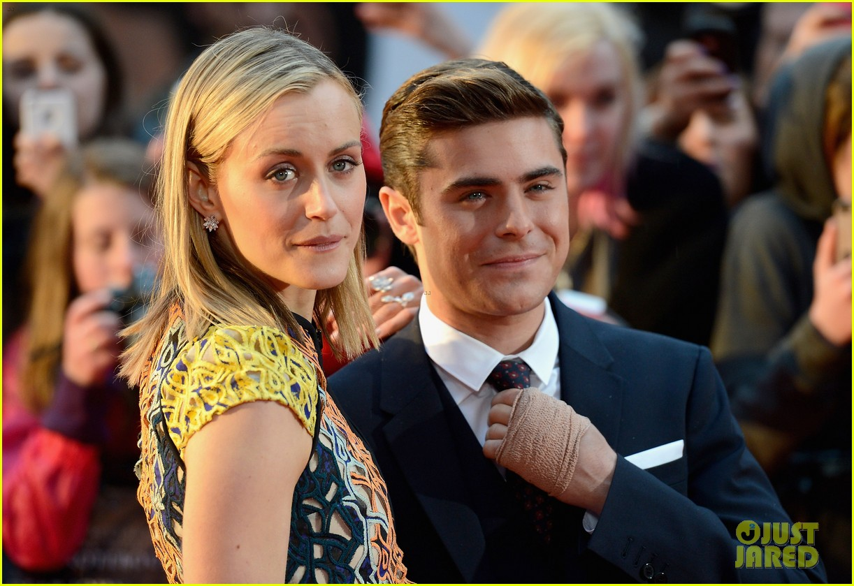zac efron taylor schilling lucky one london 182652858