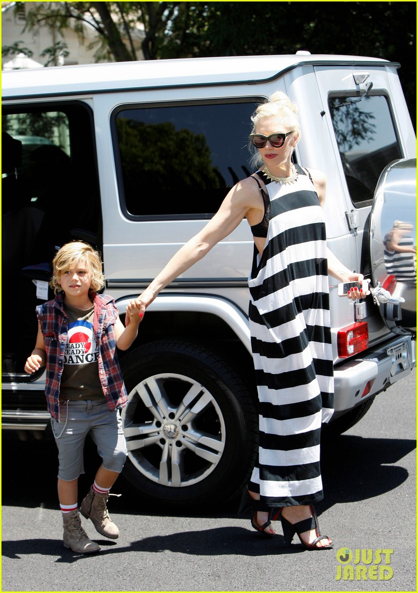 gwen stefani birthday party 042655275