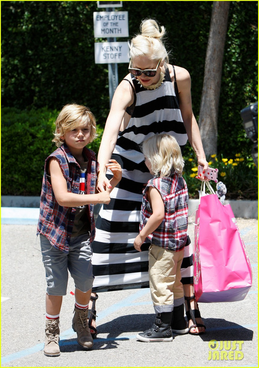 gwen stefani birthday party 092655280