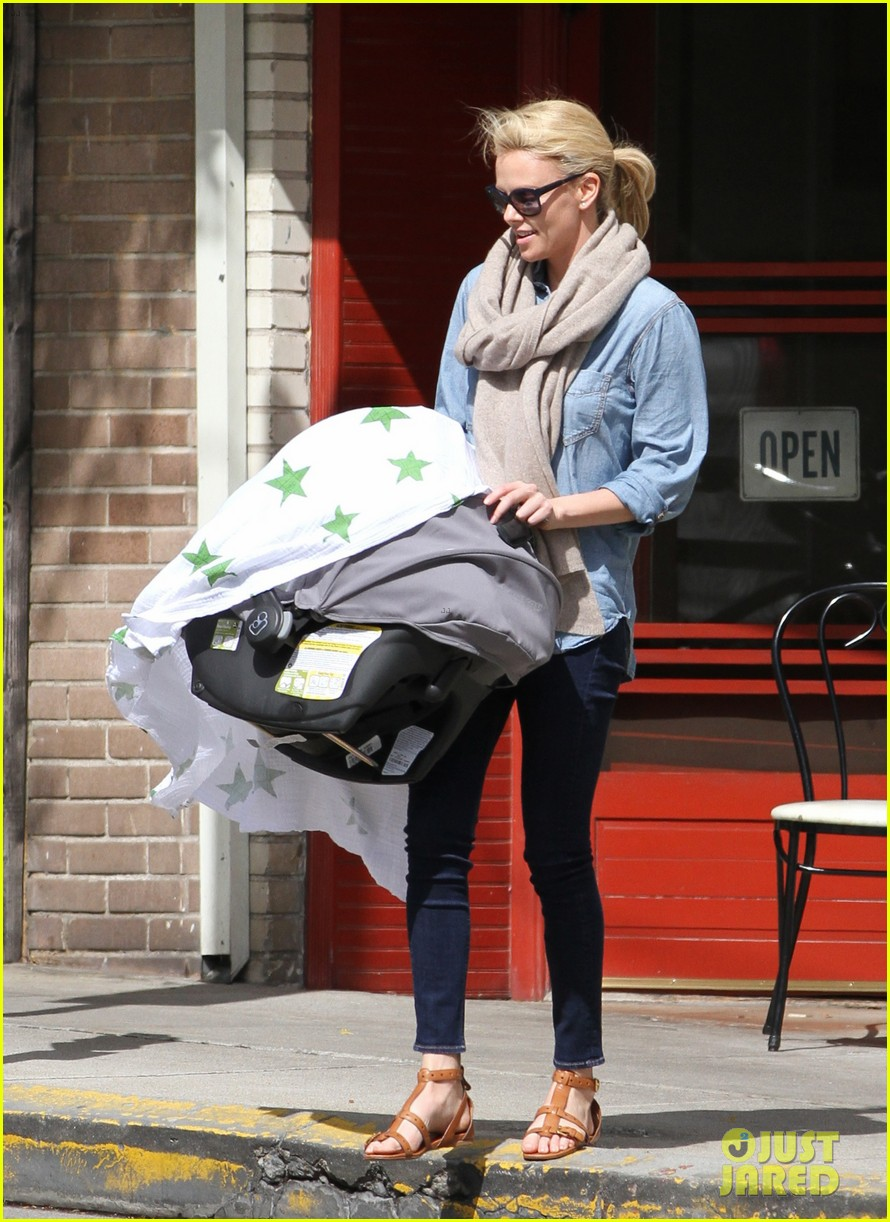 charlize theron little doms lunch with baby jackson 012649158