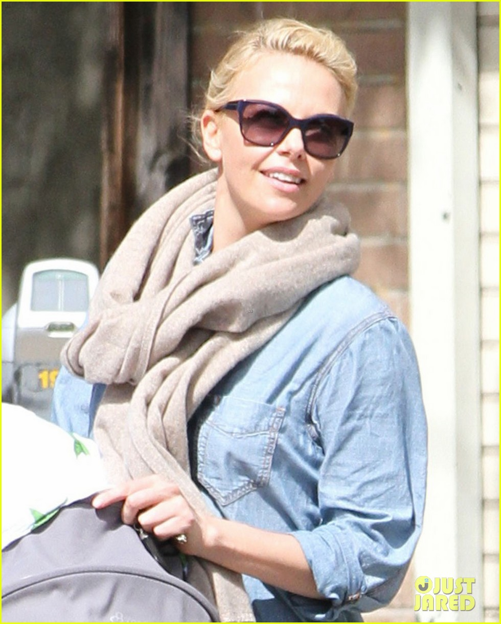 charlize theron little doms lunch with baby jackson 022649159
