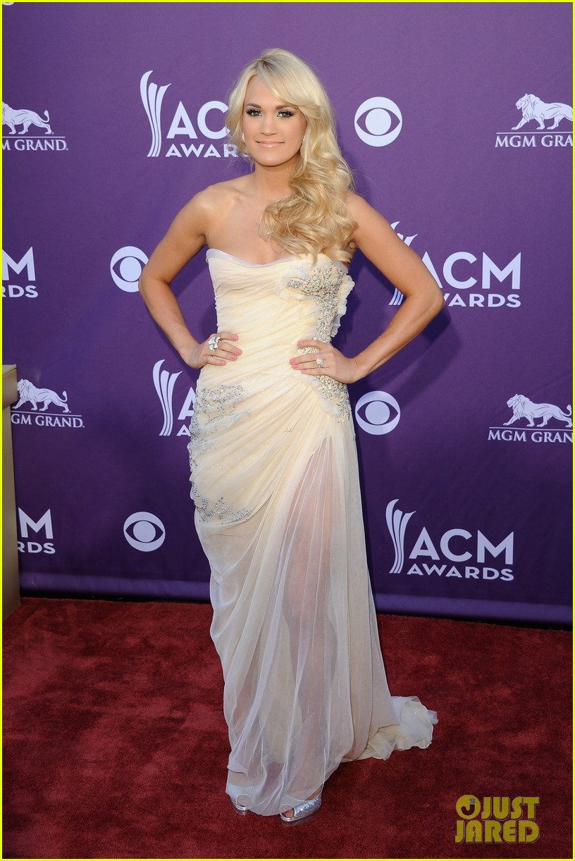 carrie underwood acm awards 05