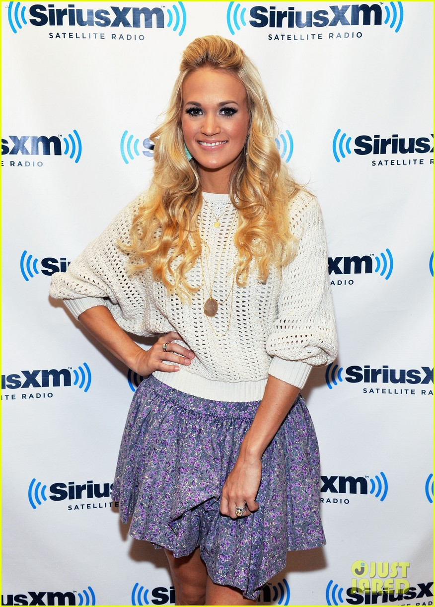 Carrie Underwood: Good Girl with PS22 Chorus: Photo