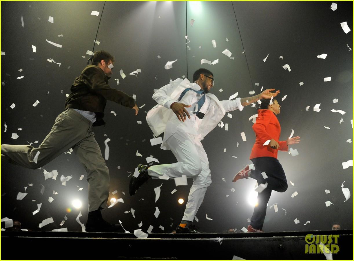 usher justin bieber fuerza bruta dance off 072655108