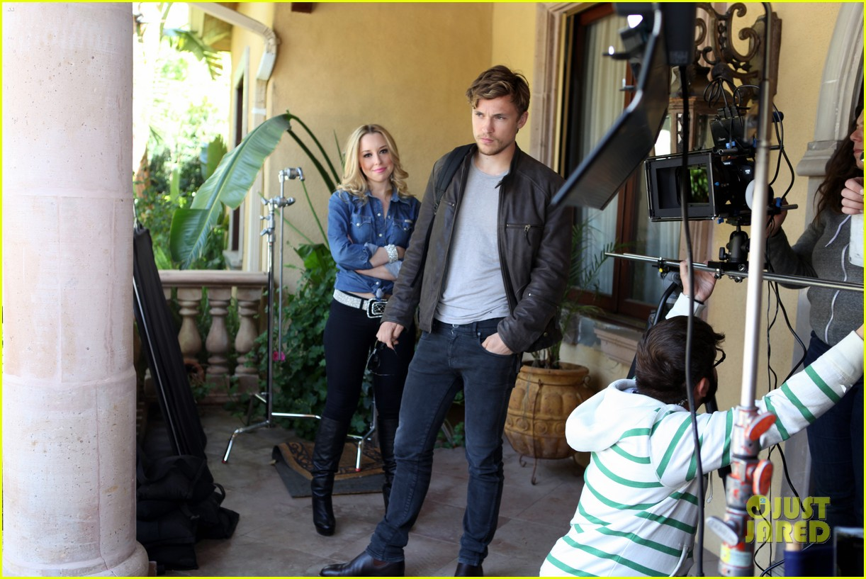 william moseley bonnie paul it was love now its war video 052651028