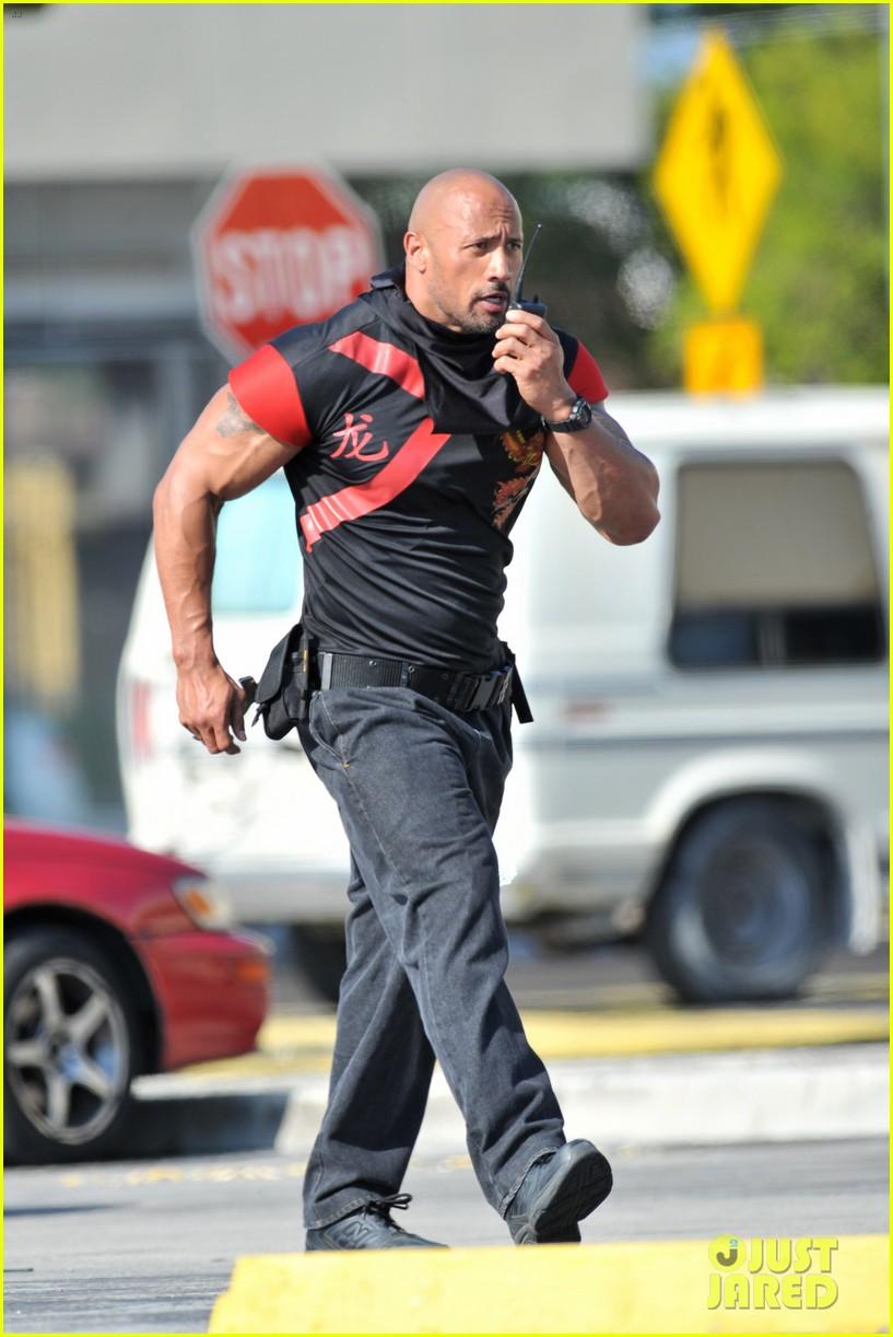 Dwayne Johnson Pain And Gain Nike Shirt