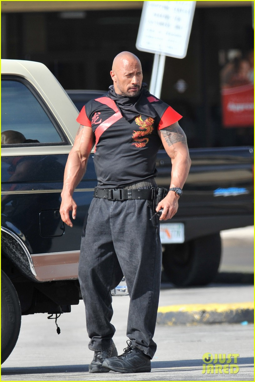 mark wahlberg pain and gain dwayne johnson 042647643