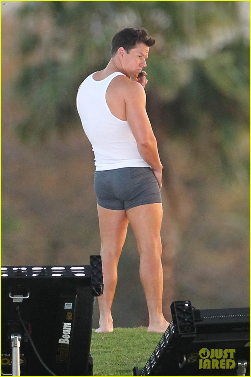 mark wahlberg in underwear for pain gain 082650473