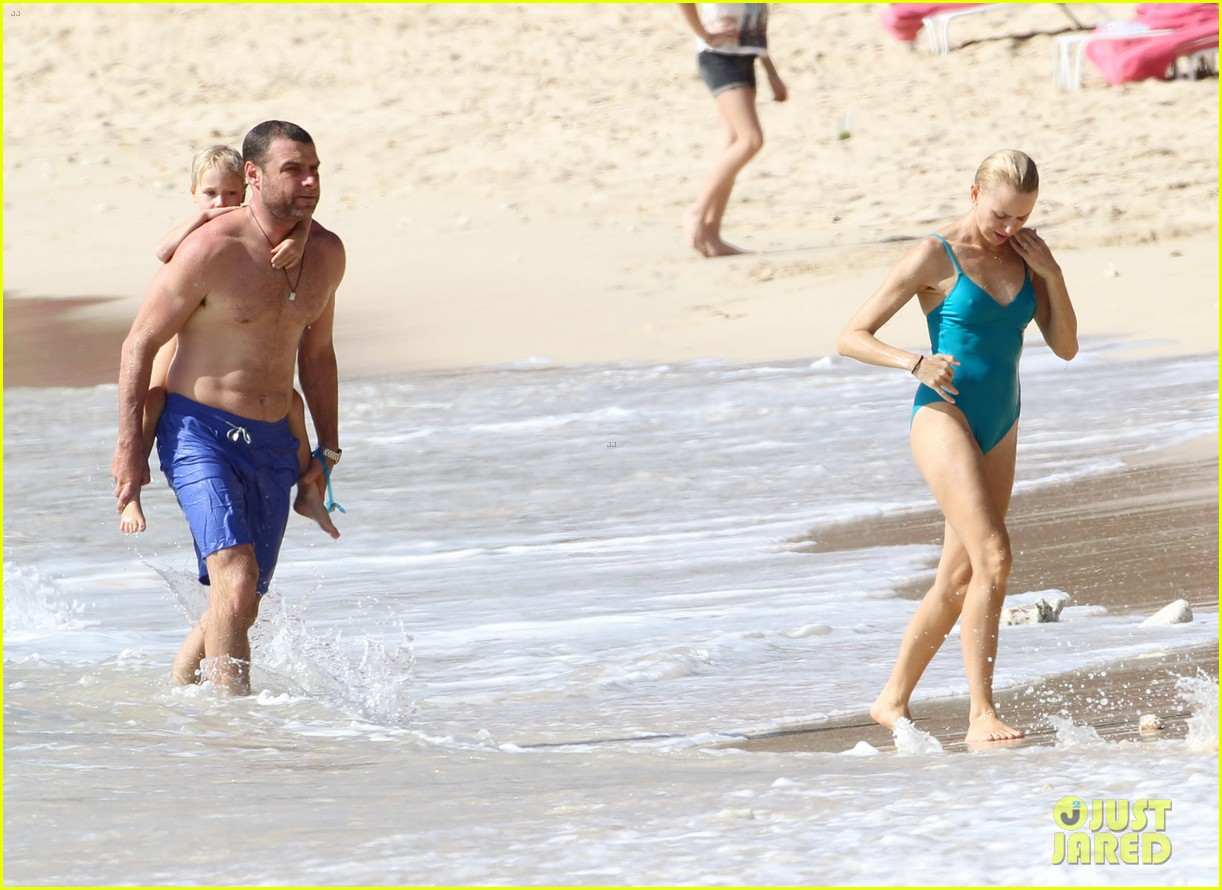 naomi watts liev schreiber st james lovers 06