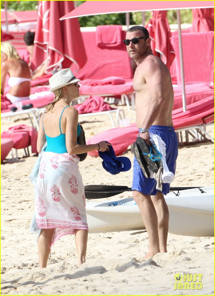 naomi watts liev schreiber st james lovers 102646808