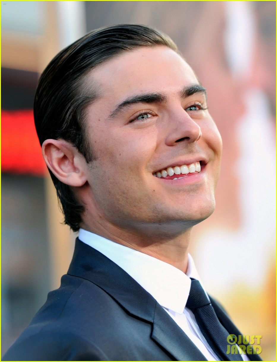 zac efron lucky one premiere 212650019