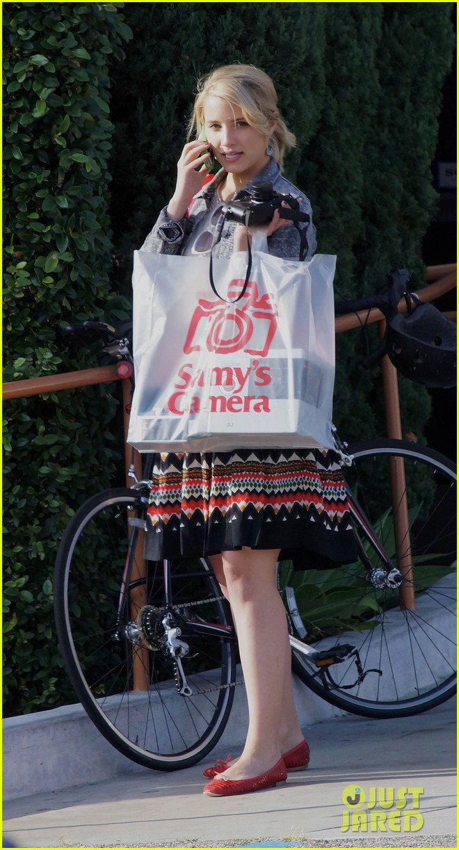 dianna agron camera shopping 112663968