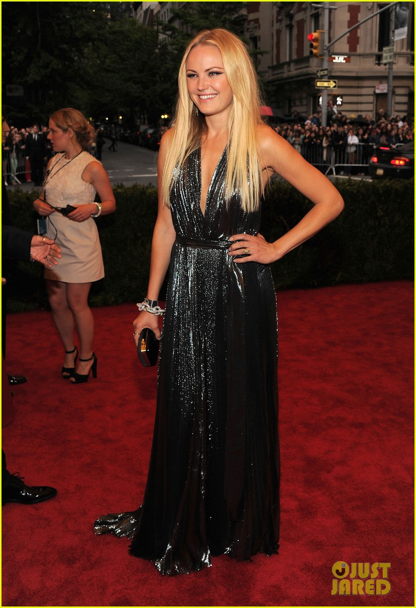 malin akerman jessica stam met ball 2012 01