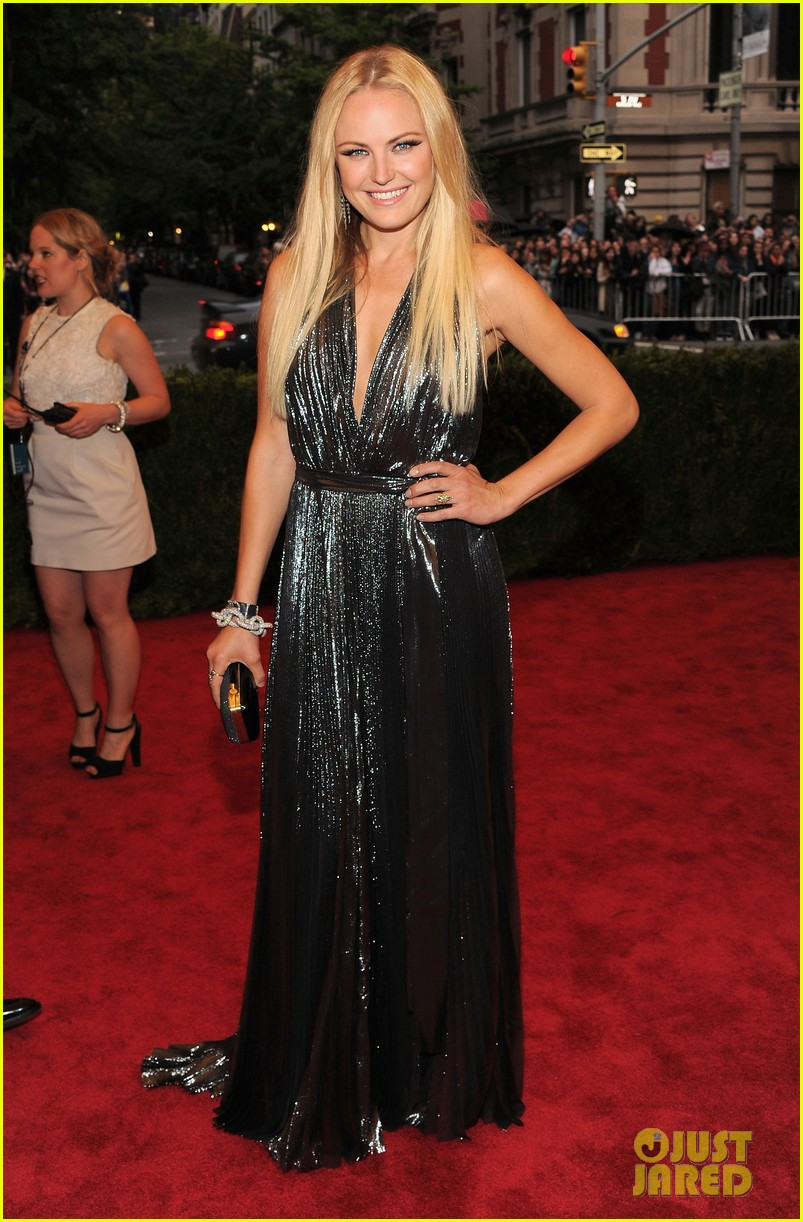 malin akerman jessica stam met ball 2012 03