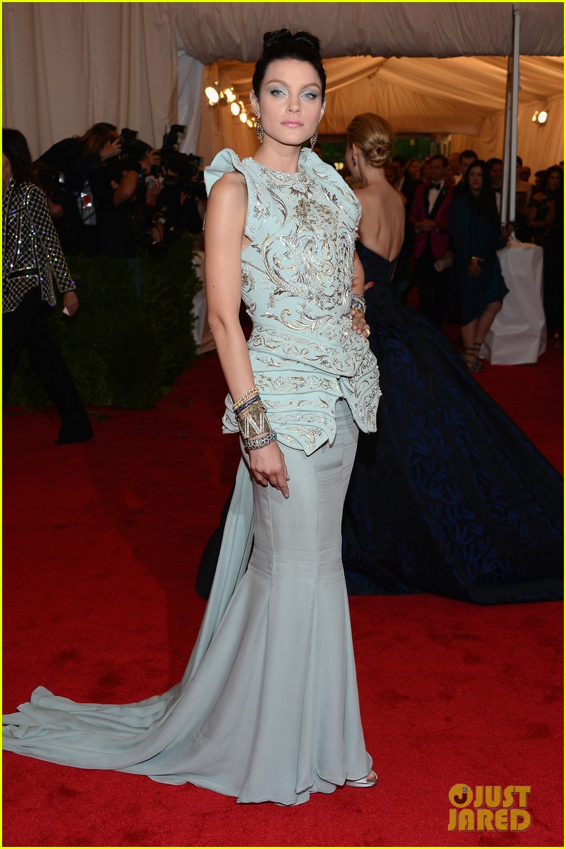 malin akerman jessica stam met ball 2012 062658962