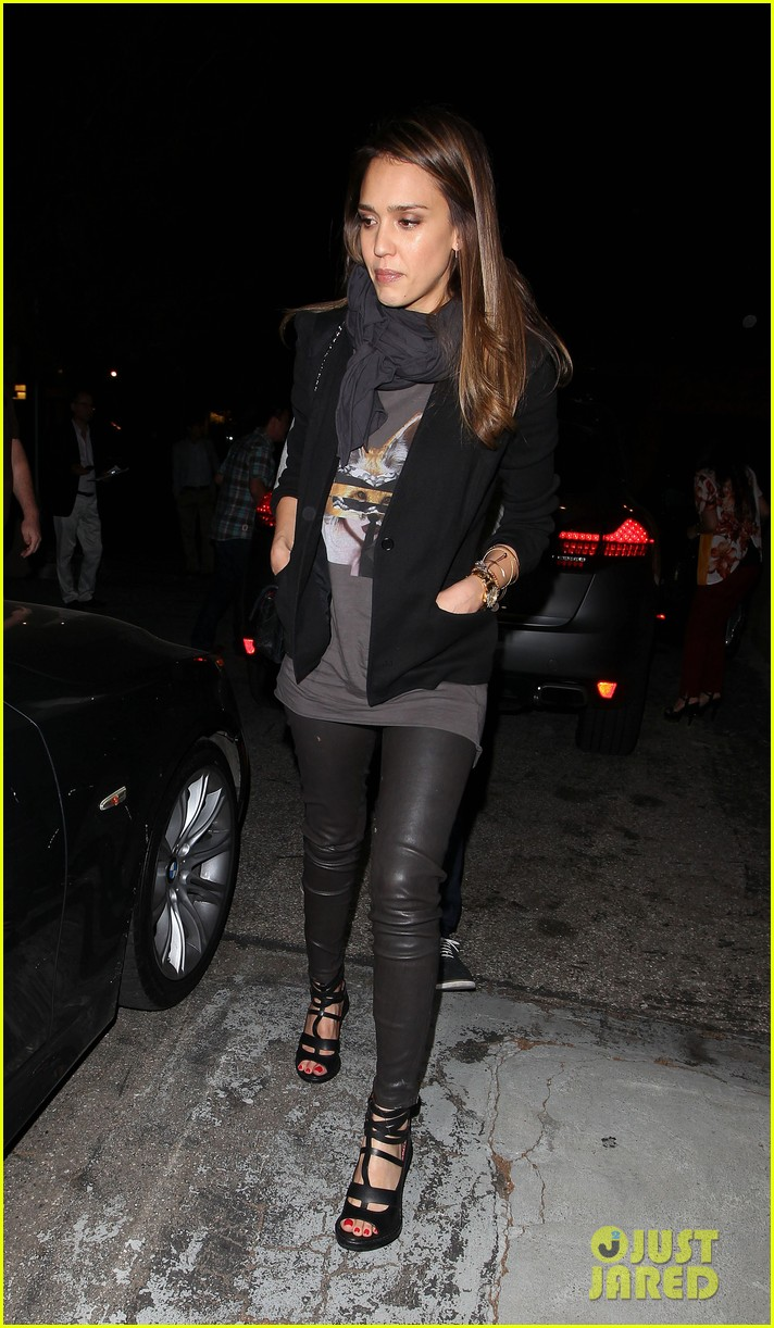 jessica alba date night with cash warren 12