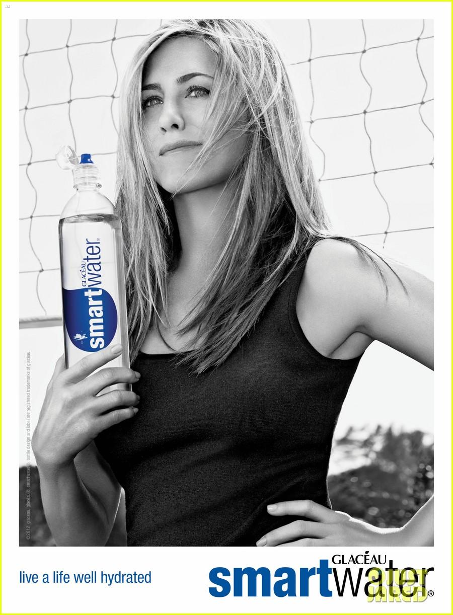 jennifer aniston new smartwater ads 032662445