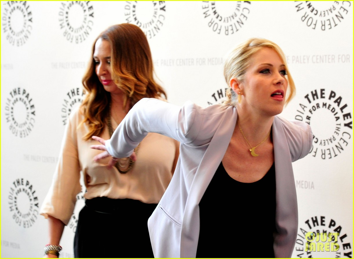 christina applegate maya rudolph up all night paley 112659529