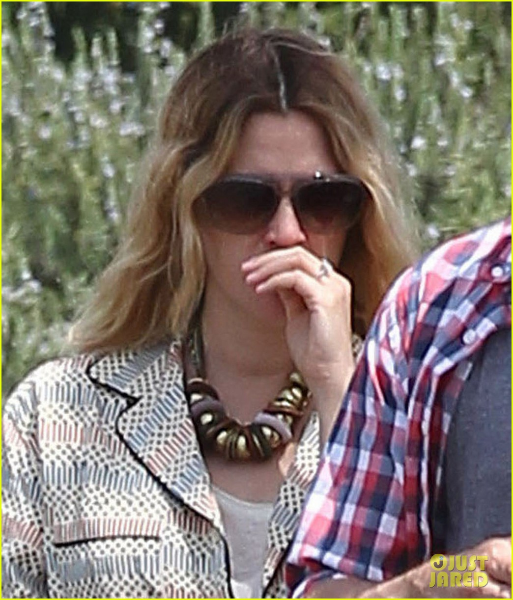 drew barrymore headed to photoshoot 062655869