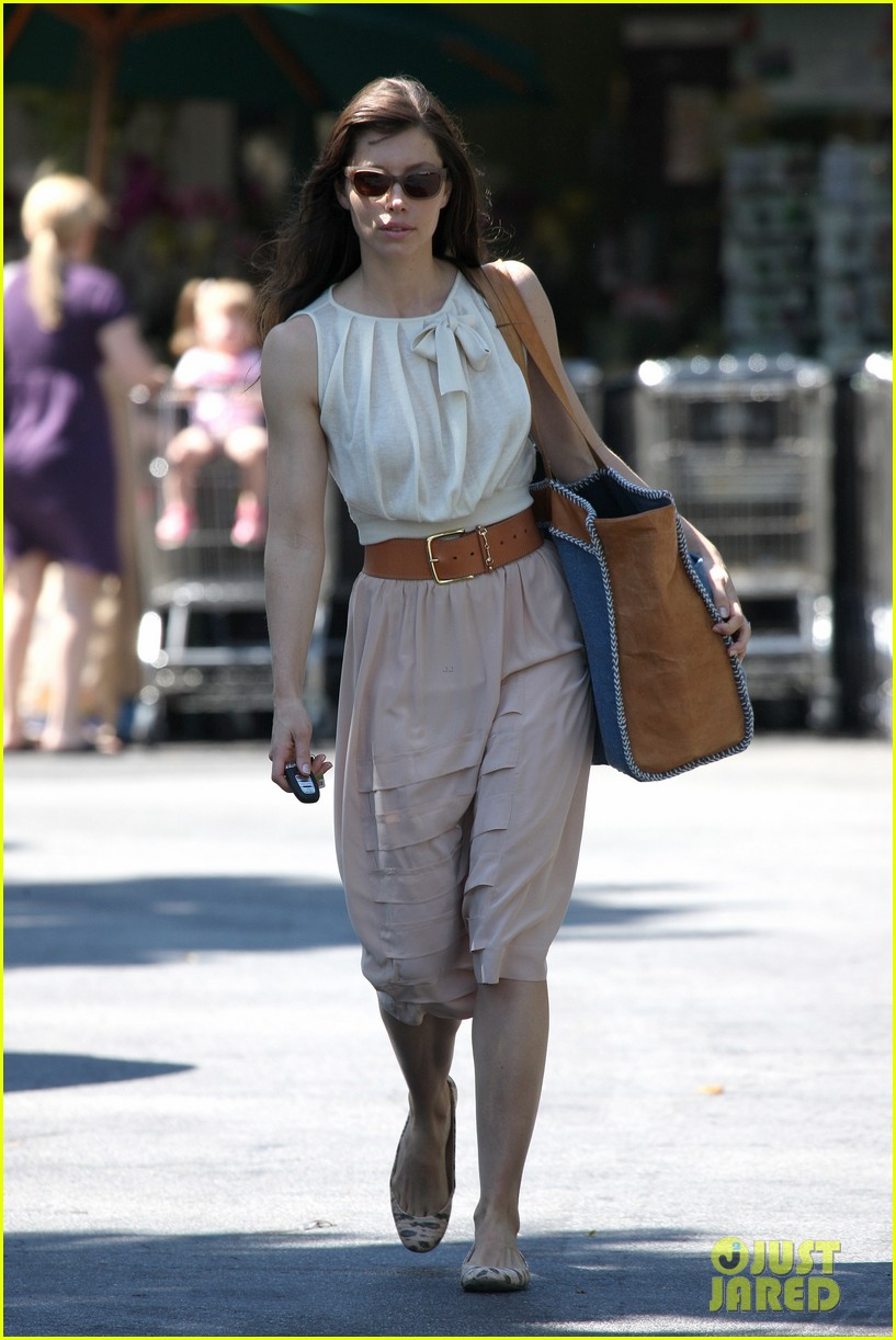 jessica biel grocery shopping 16