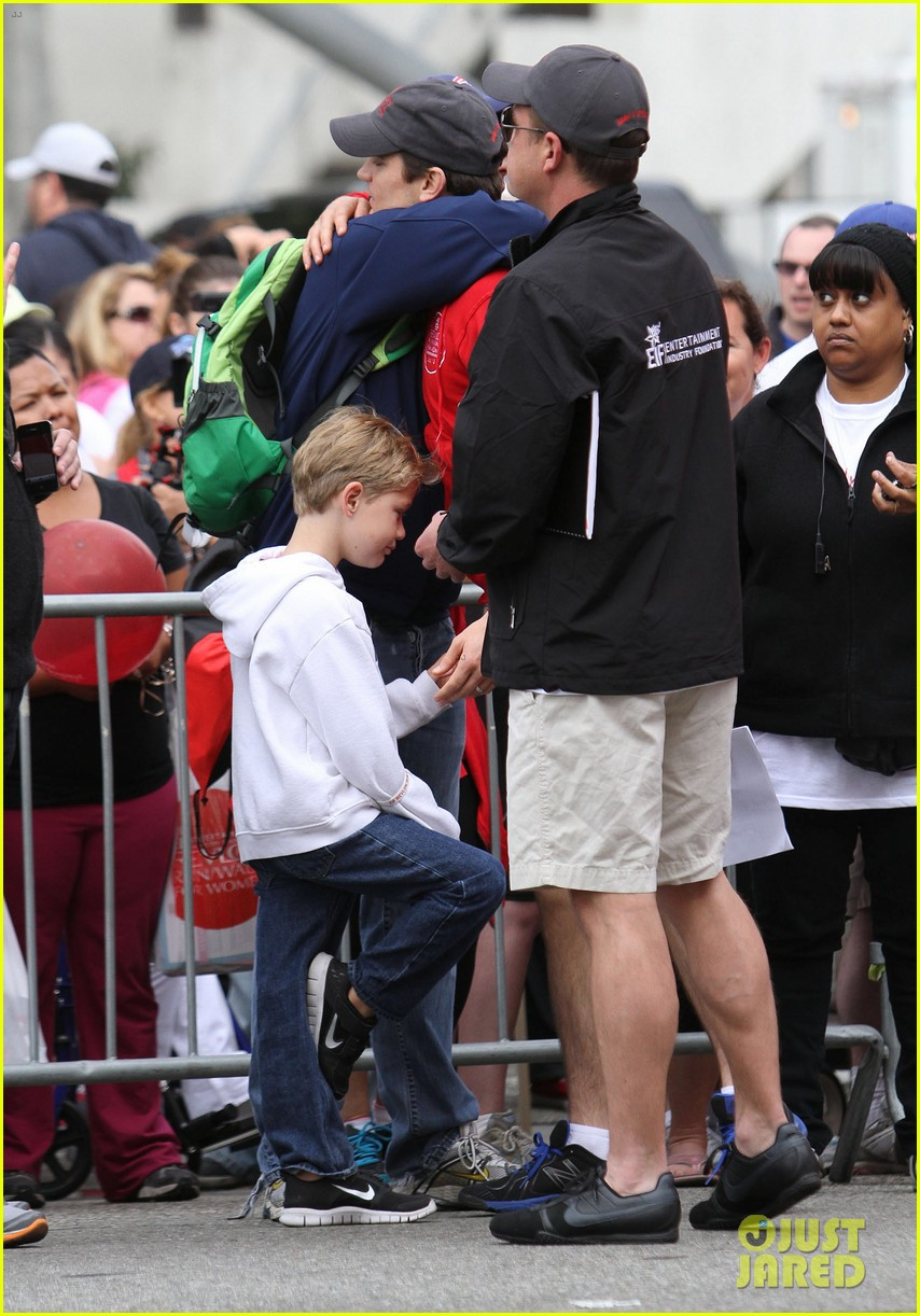matt bomer revlon walk with simon halls son kit 072661149