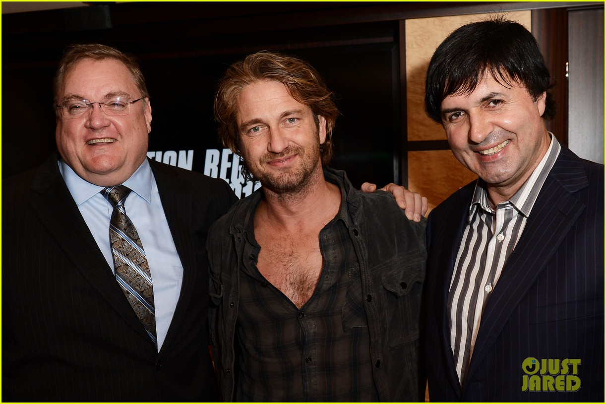 gerard butler motor city reception 05
