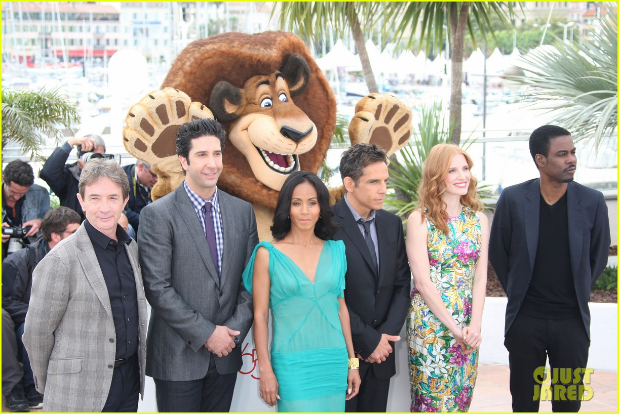 jessica chastain jada pinkett smith madagascar 3 photo call 052663657