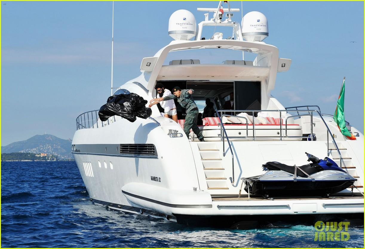 sacha baron cohen elisabetta canalis cannes boat 092662750