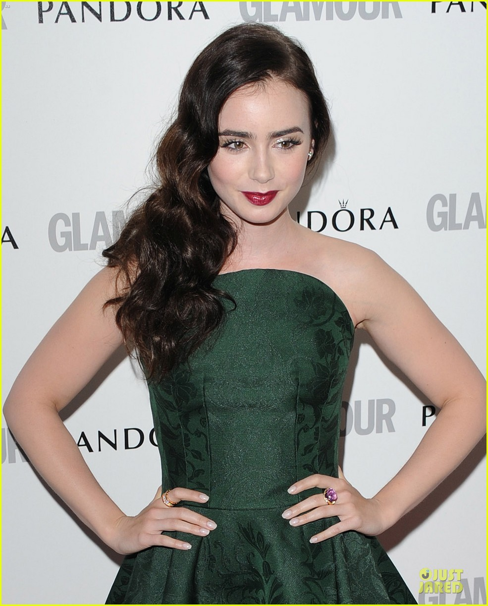lily collins douglas booth glamour awards 02
