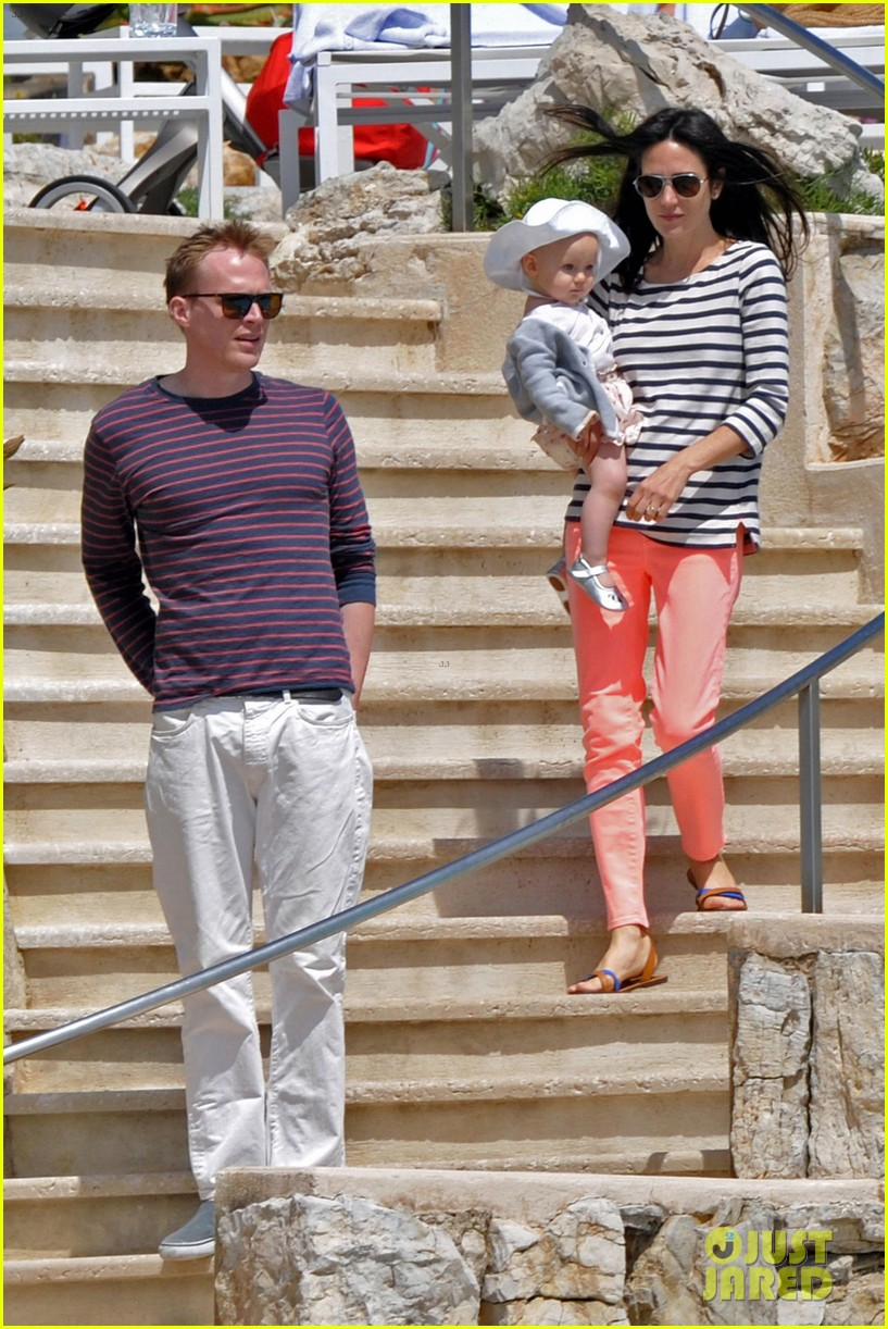 jennifer connelly paul bettany cannes agnes 06