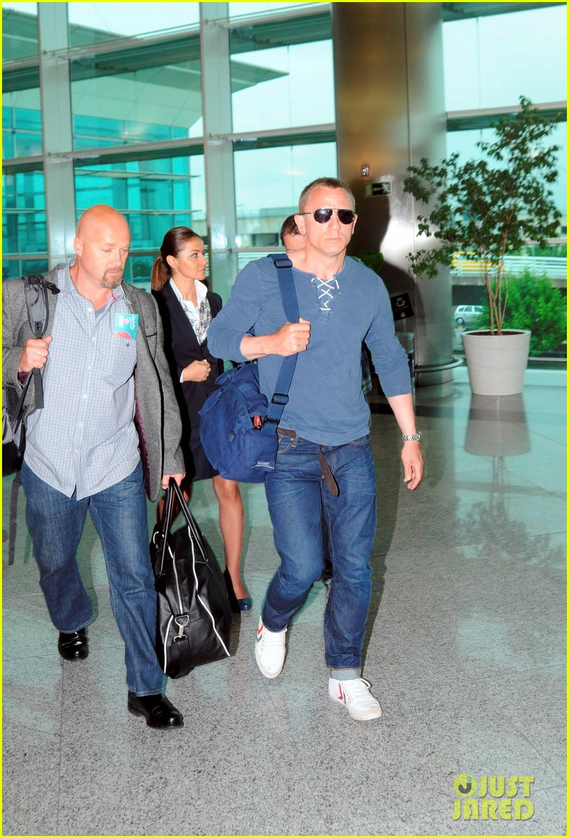 daniel craig turkey takeoffn 04