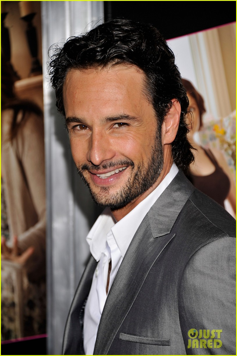 chace crawford rodrigo santoro what to expect screening 012659315